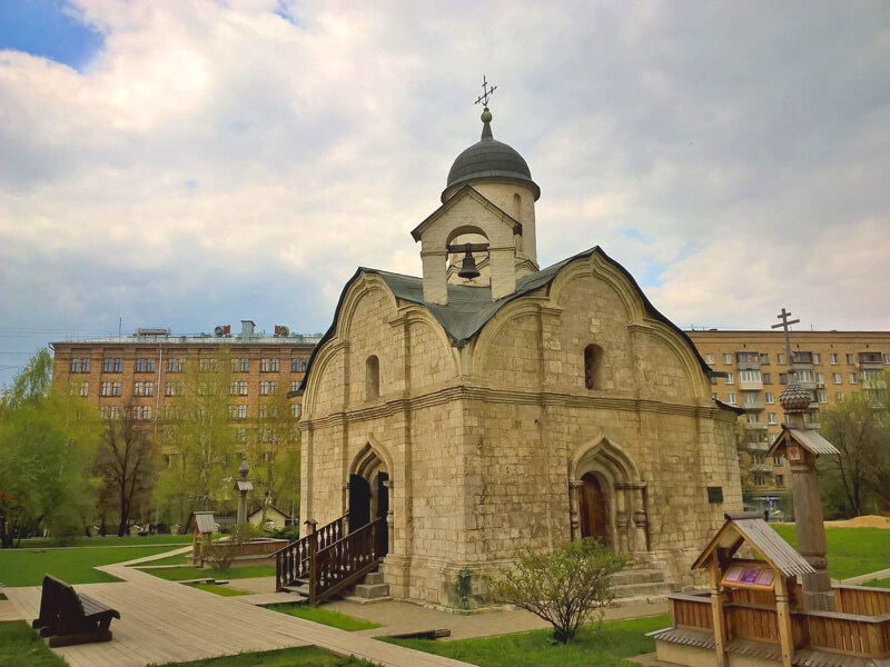 Храм мученика Трифона в Напрудном, Москва, фото