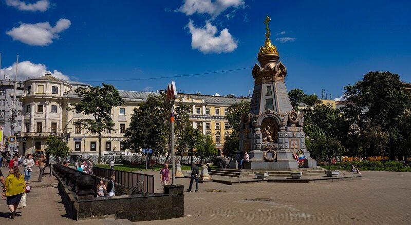 Часовня-памятник героям Плевны, метро Китай-Город, Москва