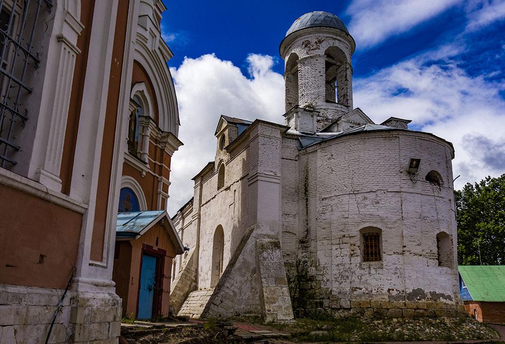 Можайск, старый храм Иоакима и Анны, бывший Якиманский монастырь