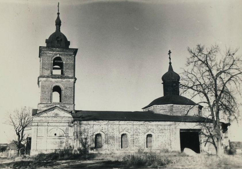 Храм Иоанна Предтечи в Новогуслево, фото
