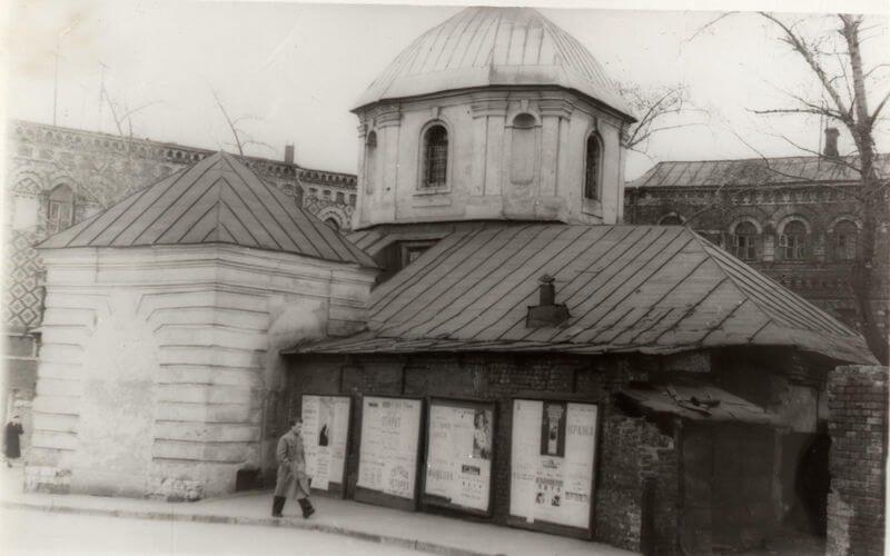 Храм преподобного Сергия Радонежского вКрапивниках