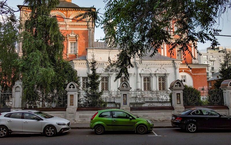 Барашевский переулок, храм в Барашах