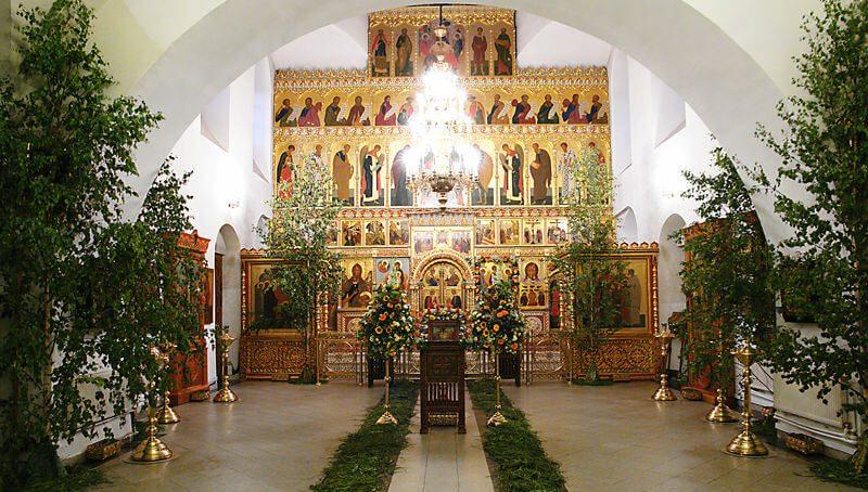 Иконостас в православном храме