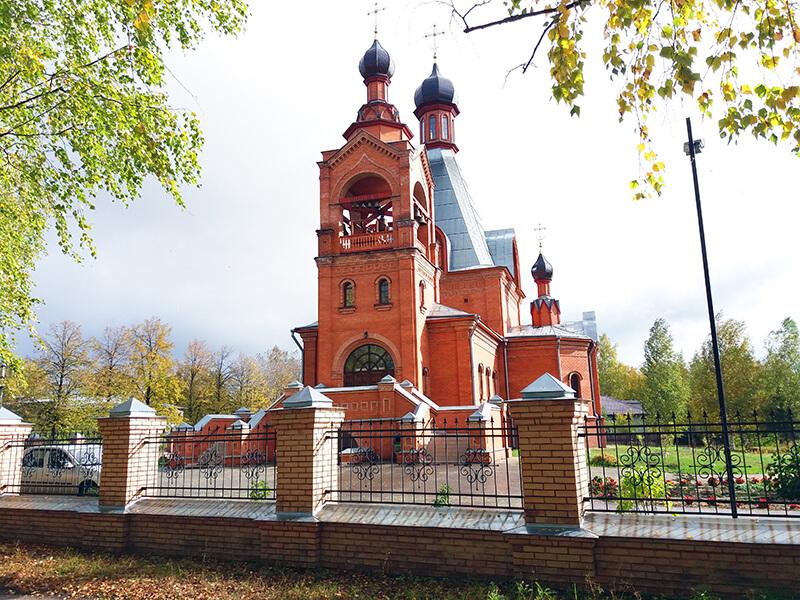Храм в городе Нея