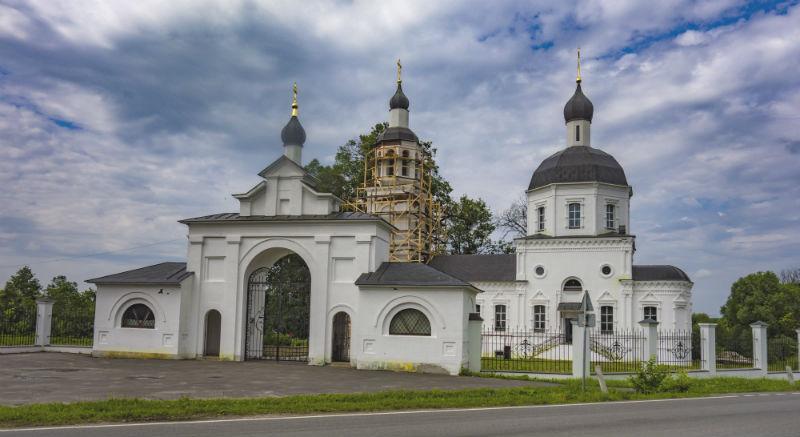 Храм Рождества Пресвятой Богородицы в деревне Руднево, фото