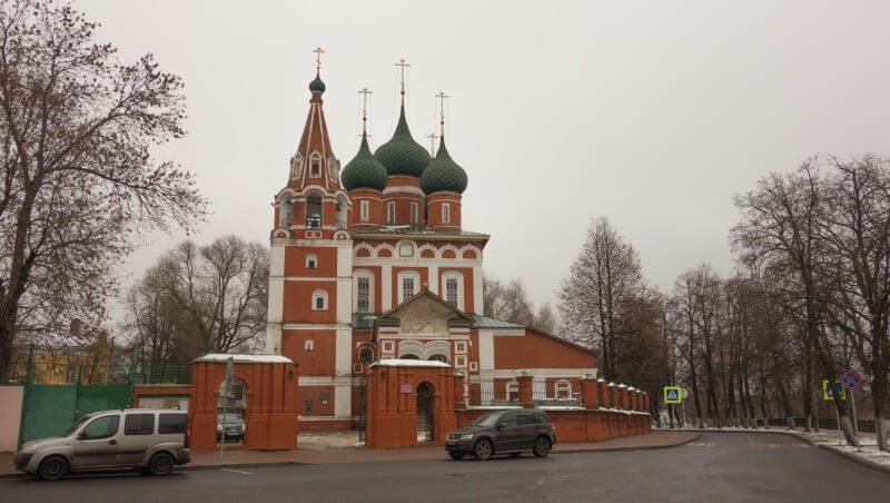 Гарнизонный храм Михаила Архангела в Ярославле