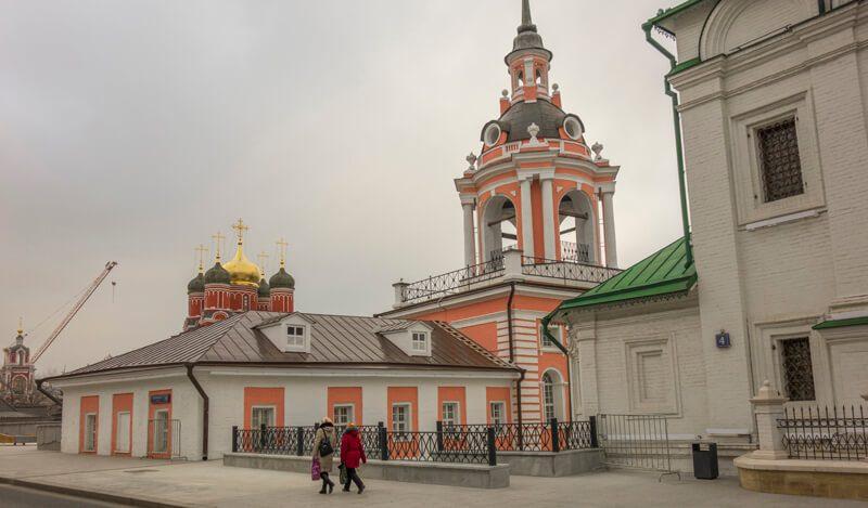 Знаменский монастырь, Варварка
