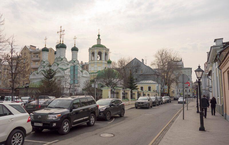 храм Успения в Путинках