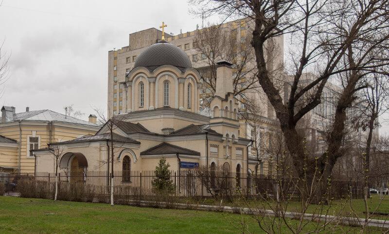 храм Димитрия Прилуцкого на Девичьем поле фото