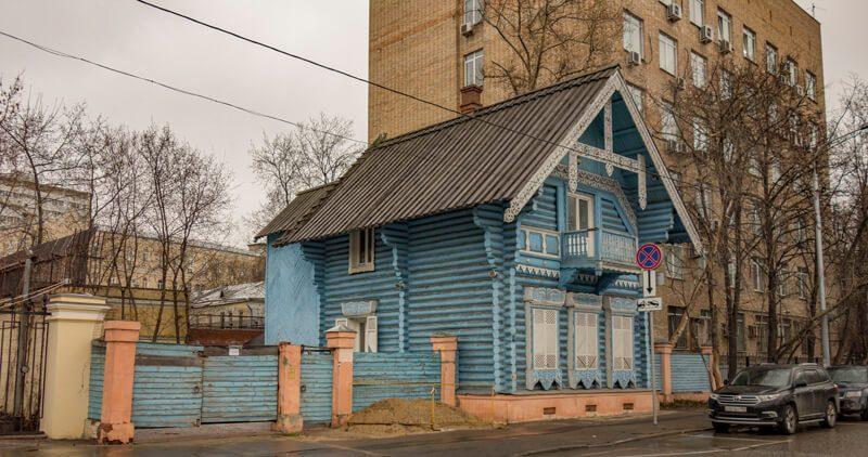 Погодинская улица деревянный домик в Москве
