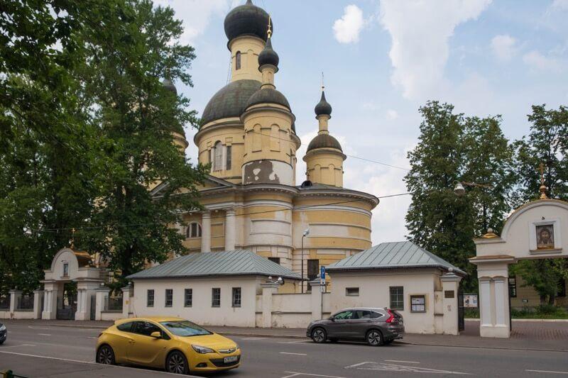 храм живоначальной троицы на самокатной улице
