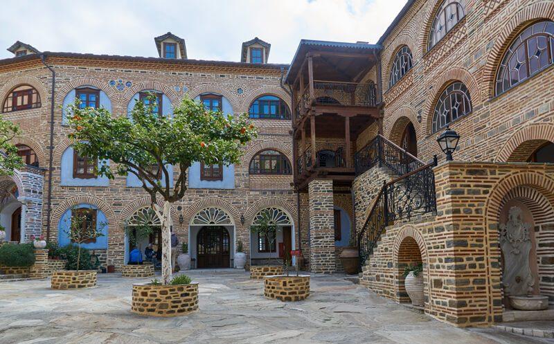афонский монастырь внутри фото