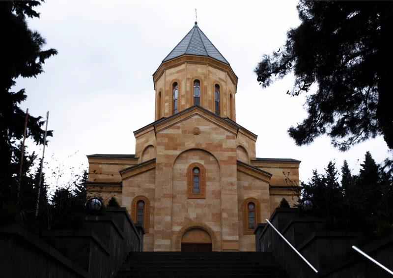 православный храм в Тбилиси фото