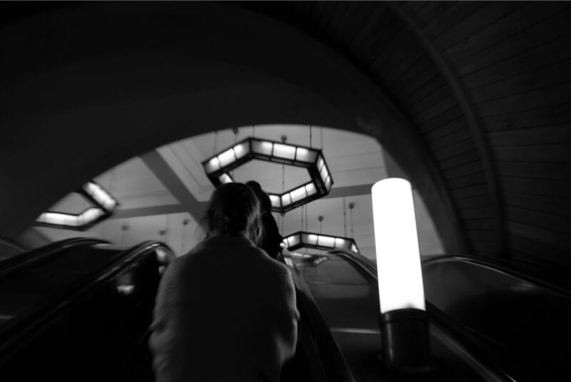 метро эскалатор