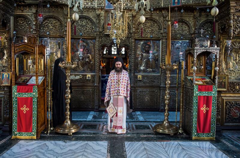Богослужение в афонском монастыре Хиландар